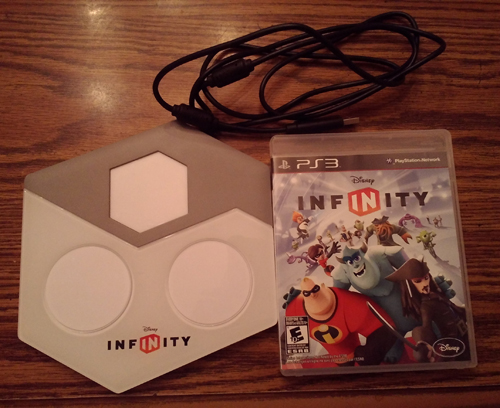 Disney Infinity PS3 Bundle Pic 3