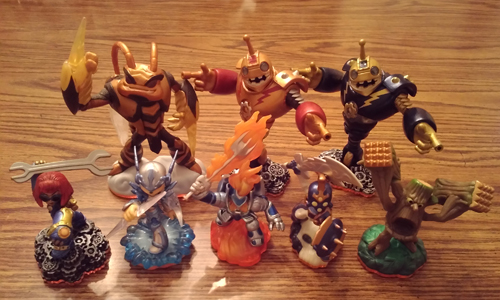 Skylanders: Giants PS3 Bundle Pic 1