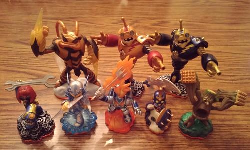 Skylanders: Giants PS3 Bundle Pic 1